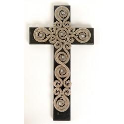 Krížik na dreve, zdobený